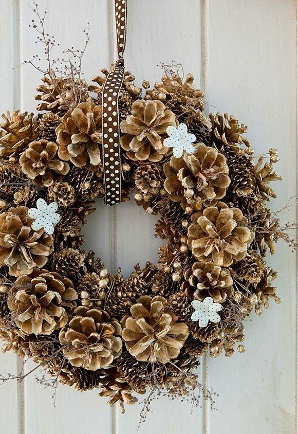 Corona de navidad                                                                                                                                                                                 Más