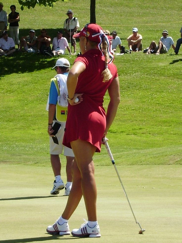I wish my wife would play golf, she would look so professional in this gear!