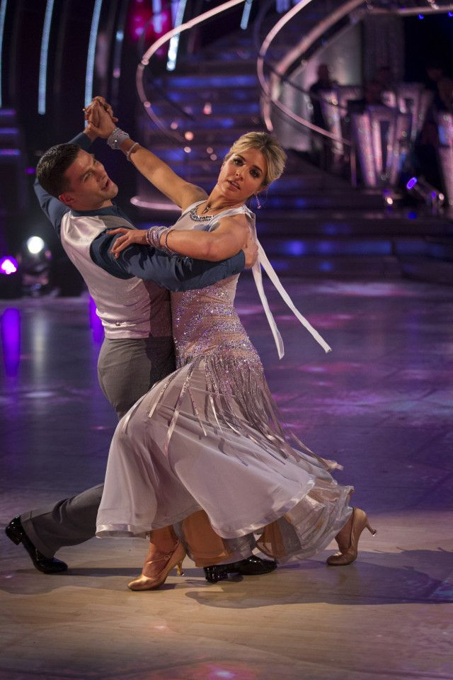 SCD week 8, 2017. Gemma Atkinson & Alijaz Skorjanec. Vienniese Waltz. BBC/Guy Levy