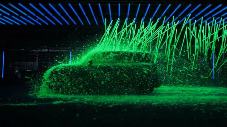 Mini Cooper - Black Light - Director's Cut