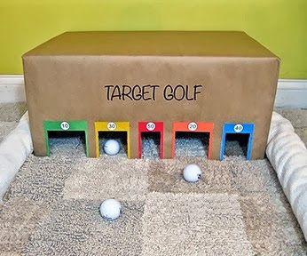 Este mini-.juego de golf será perfecto para mi hjo que quier aprender a jugar.