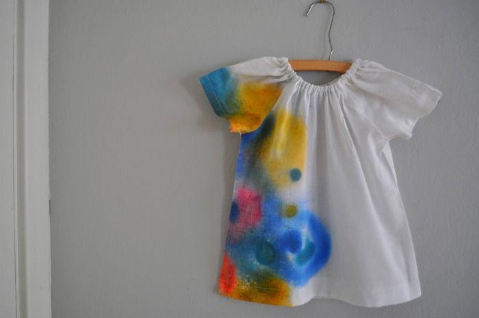 DIY: Fabrics Shirts, Sprays Paintings Ties Dyed, Cute Ideas, Spray Paint Shirts, Girls Shirts, Sprays Paintings Shirts, Crafts Activities, Diy Spraypaint, Cool Shirts
