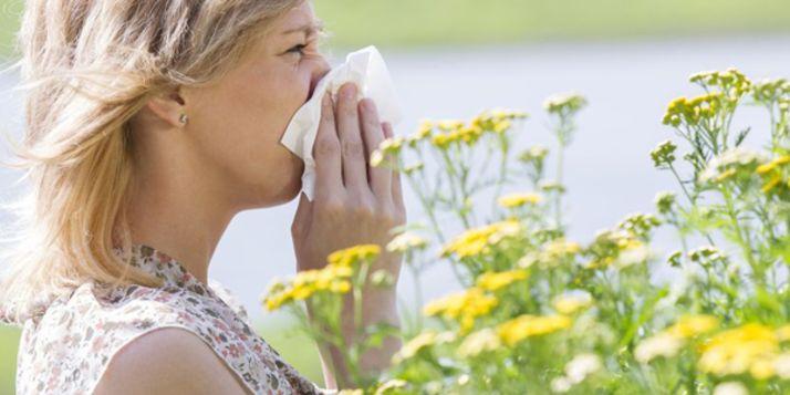 Met het mooie weer kunnen veel hooikoortspatiënten hun zakdoekjes er weer bij pakken. Deze slimme maatregelen kunnen je klachten verlichten.