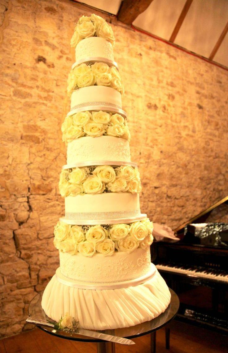 Rustic Wedding Cake Buckinghamshire