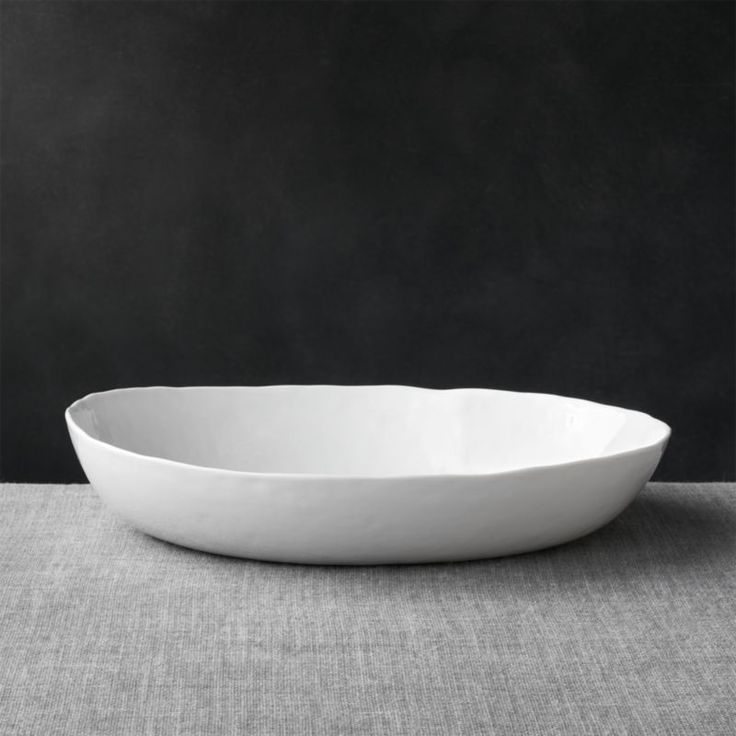 Salads, pastas, soups and desserts become culinary works of art in serving bowls from Crate and Barrel. Shop ceramic, wooden and glass serving bowls online.