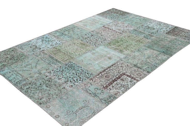 groen patchwork vloerkleed, 490 euro, maar oooooh!
