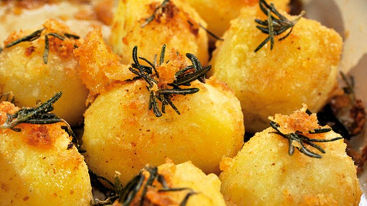 Richard Corrigan shows how to create the perfect side dish for your Christmas feast!