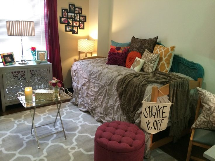 My daughter's darling dorm room at Oklahoma State University! My dorm room sure didn't look like this when I went to school.