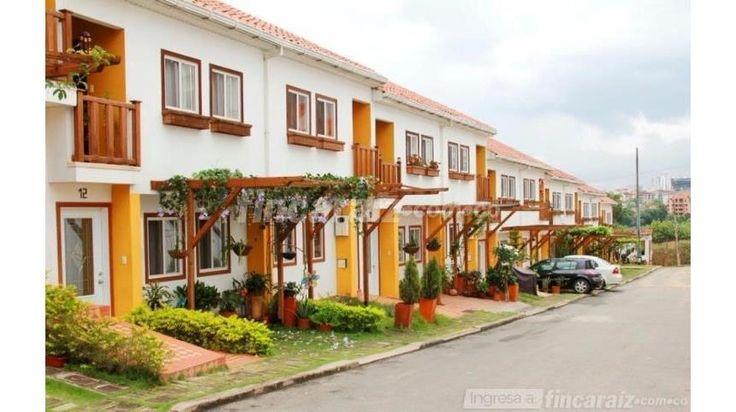 Casa en Venta - Floridablanca Versalles - Área construida 120,00 m² - Precio negociable: $ 310.000.000 mínimo  $280.000.000= Contactame 📲 3106257523