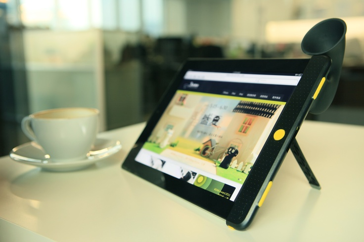 Enjoy life with your iPad Hornstand!