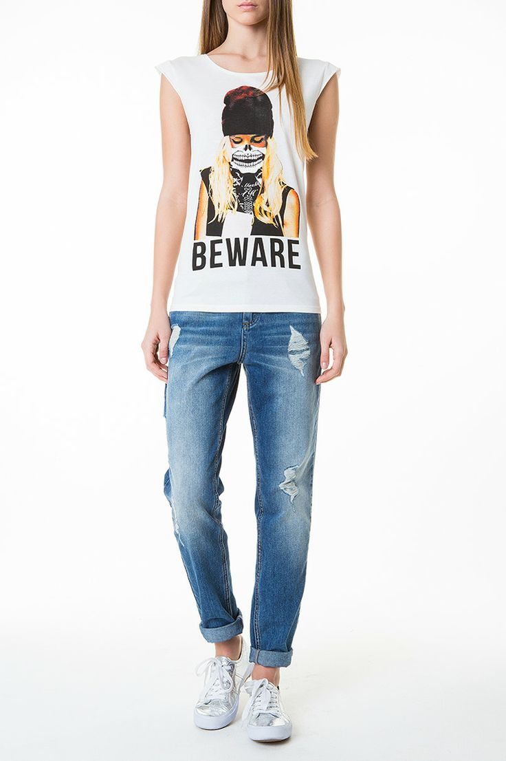 rocknroll beware print top boyfriend jeans tallyweijl. Black Bedroom Furniture Sets. Home Design Ideas