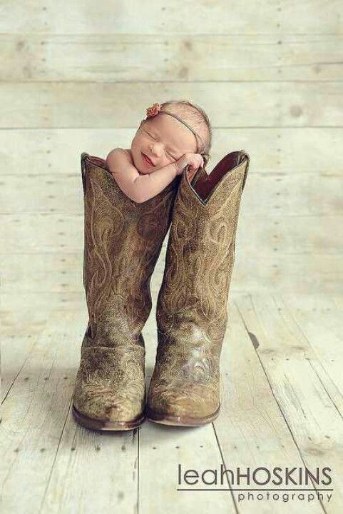 Newborn in Cowboy Boots ♥.. totally doing this when I have a baby!
