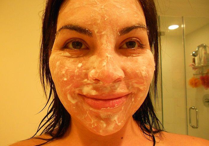 Lekesiz bir cilt için karbonat maskeleri | Cilt Sitesi
