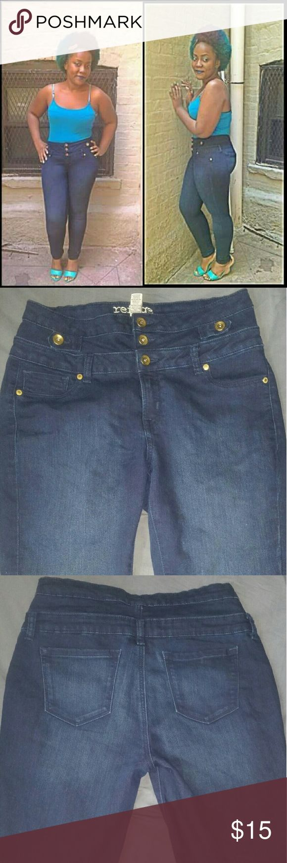 High Waisted Denim Blue Jeans!!! -These chique denim high waisted jeans are very comfortable!! -Only worn twice because I gained weight after lol -Very cute with any type of flats, high heels, or sneakers... -Size 12 (true to size ) Charlotte Russe Jeans Skinny