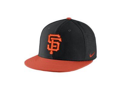 Nike AeroBill True (MLB Giants) Adjustable Hat