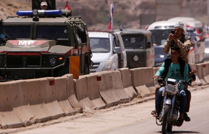 اخبار سوريا مباشر الشرطة الروسية تنسحب من نقاطها في ريف حمص الشمالي Monster Trucks Trucks Vehicles