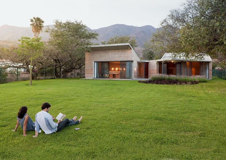 Ajijic House By Tatiana Bilbao Ajijic Jalisco Mexico Constructed Using Rammed Earth An