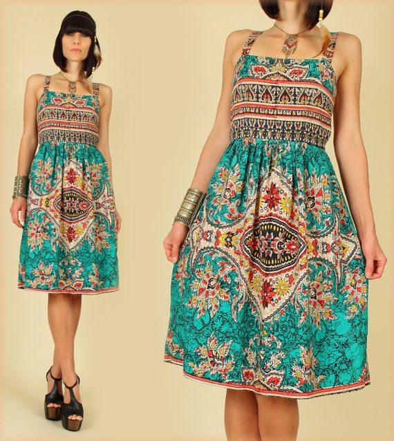 ViNtAgE 70's Batik Dashiki HiPPiE SunDress--cute. But the shoes are smokin'.