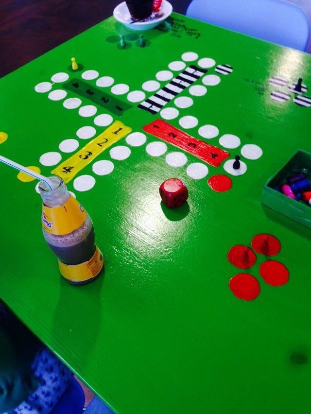 Schilder je eigen spel op tafel!
