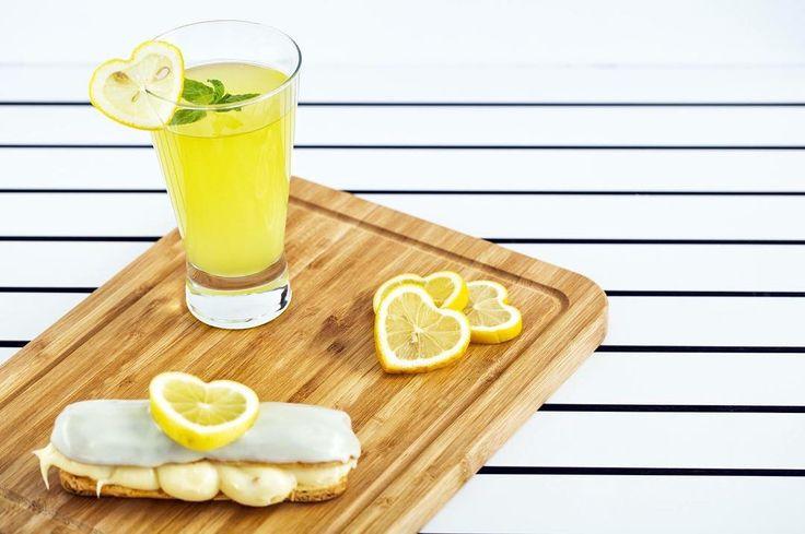 Ellerinizle hazırladığınız nefis içeceklerinizi sihirli bir dokunuşla sanat eserine dönüştürün! Kalp limonlarımız yaratıcı sunumlarınızı tamamlamak için sabırsızlanıyor #shapedfruit #fruit #shaped #lemon #limon #love #hearth #vegan #drink #delicious #yummy #summer #art