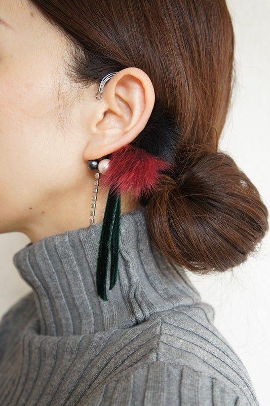 blackイヤーフック「mink fur」 イヤーカフ・イヤーフック ハンドメイド通販・販売のCreema