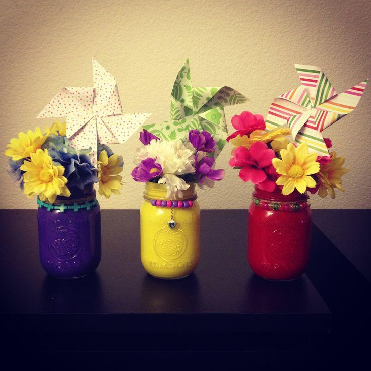 Diy mason jar flower arrangements with pinwheel diy for How to arrange flowers in mason jar