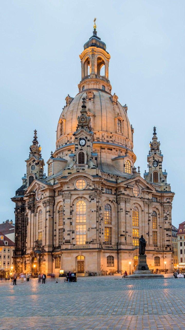 Kirchen und Schlö