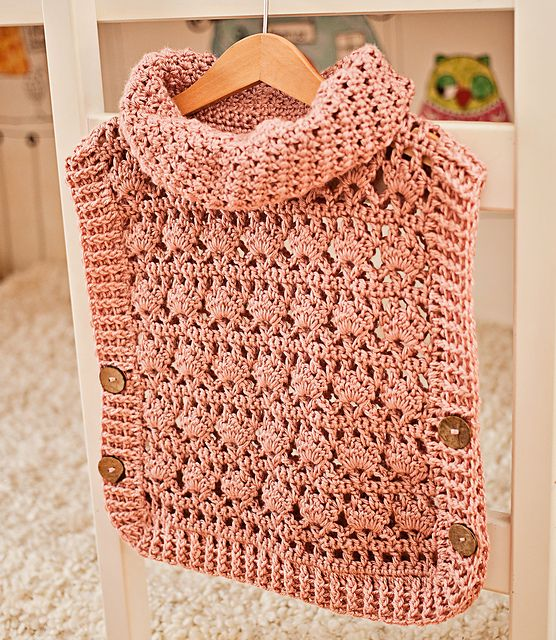 Ravelry: Rose Poncho - Pullover pattern by Mon Petit Violon