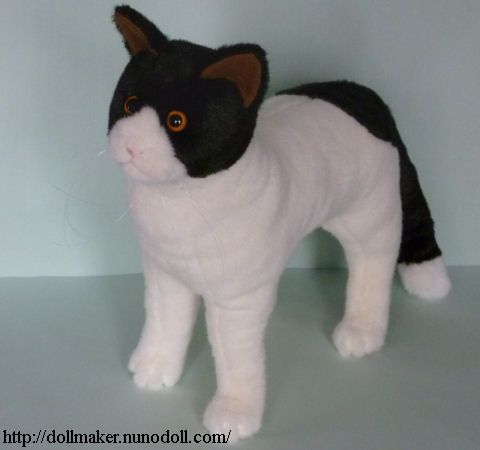 White and black cat free sewing pattern... Also other cat patterns available at website listed on jpeg
