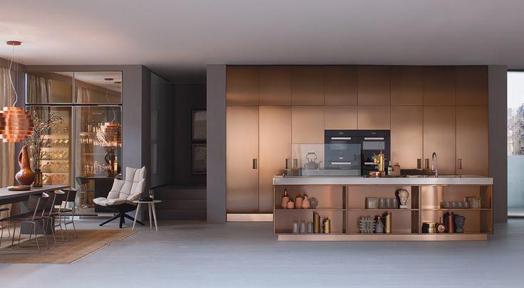Arclinea propone italia nella nuova versione in acciaio trattato con processo pvd qui in - Steel cucine prezzi ...