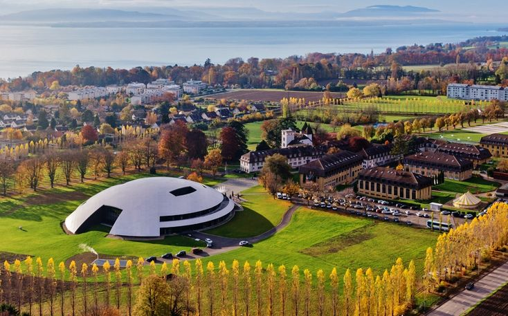 ARTICLE: From Rosey With Love. Swiss School's Space-Age Concert Hall Gets Russian Lift-Off, by Simon Hewitt