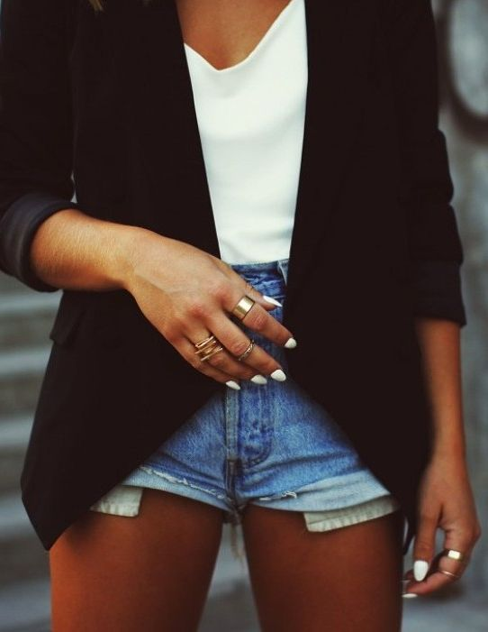 Love the denim cut-offs with the white shirt  blazer.. so simple  chic!