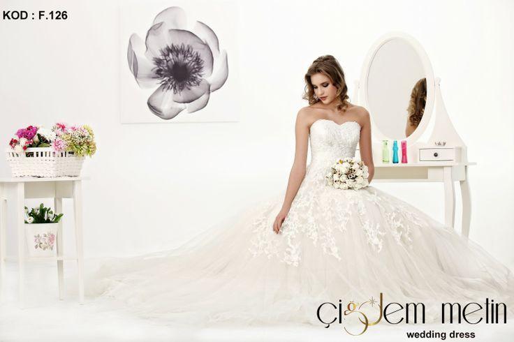 Elegancia Gelinlik Modelleri kod: F126 http://www.cigdemgelinlik.com.tr/ http://www.cigdemgelinlik.com.tr/elegancia-collection-2013