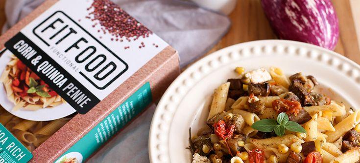 Receita de fácil preparo: Salada de penne com berinjela, feta e tomates. Além de prática e saudável, não tem glúten e com baixo teor de sódio e gorduras.