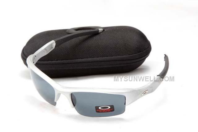 http://www.mysunwell.com/discount-oakley-flak-jacket-sunglass-7098-silver-frame-grey-lens-discount-cheap.html DISCOUNT OAKLEY FLAK JACKET SUNGLASS 7098 SILVER FRAME GREY LENS DISCOUNT CHEAP Only $25.00 , Free Shipping!