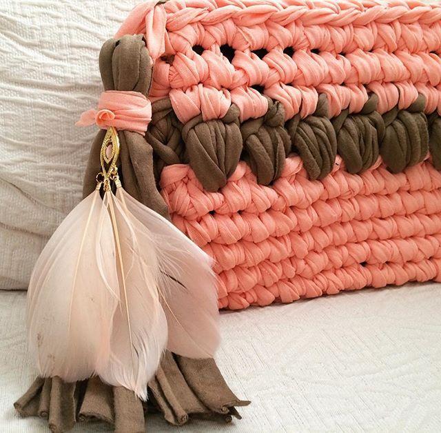 Detalles que pueden serlo todo. #MacadamiaRepublic #trapillo #crochet #handmade #hechoamano