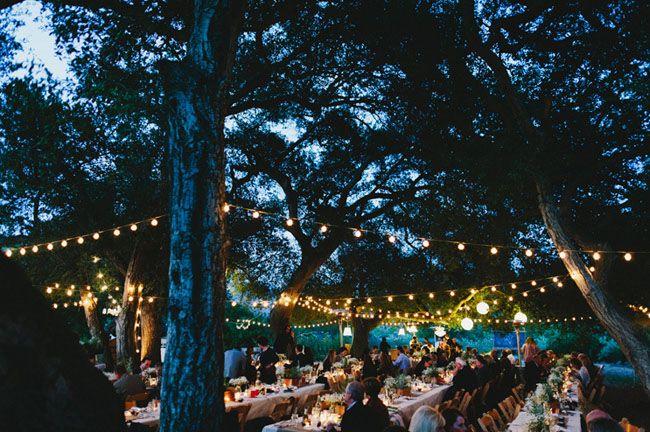 web bodas: Outdoor Wedding, Hanging Lights, Wedding Shoes, String Lights, Outdoor Gardens Gatsby Wedding, Gardens Parties, Gatsby Gardens, Rustic Wedding, Outdoor Receptions