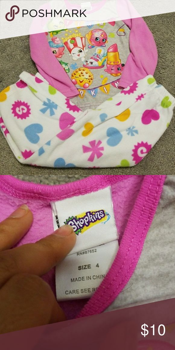 Shopkins 2pc fleece pajamas In excellent pre owned condition  Very minor pilling if any Shopkins Pajamas Pajama Sets