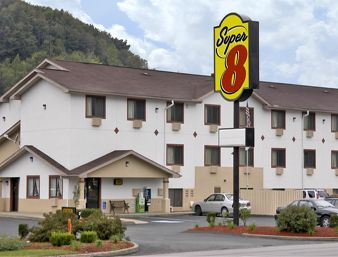 Super 8 Motel Butler - Welcome to the Super 8 Butler, PA near McConnels Mill State Park & Lernerville Speedway. Book your stay at Hotel in Butler Pennsylvania few miles from Pittsburg International Airport. Go for affordable lodging at Super 8 Hotel in Butler Pennsylvania.