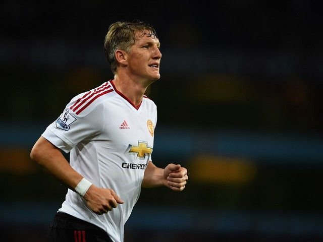 Team News: Bastian Schweinsteiger back on Manchester United bench for Liverpool trip