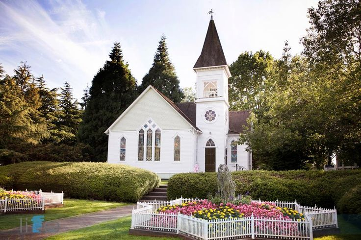 Vancouver Best Wedding Ceremony Location : The Heritage Chapel at Minoru Park  http://www.thechapels.ca/minoru-park-weddings/
