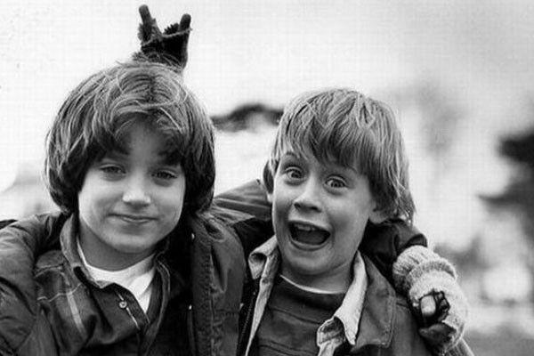 """Elijah Wood (Frodo en El Señor de los Anillos) y Macaulay Culkin (Mi pobre angelito)  se hicieron amigos durante la grabación de la película  """"El buen hijo"""" (The Good Son), un thriller de 1993."""