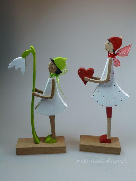 **Valentina - Figur mit Herz**  H: ca 23 cm