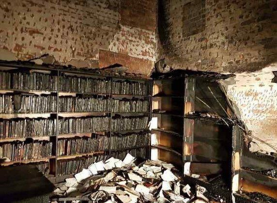 Durban Students Lament the Burning of Well Known UKZN Law Library