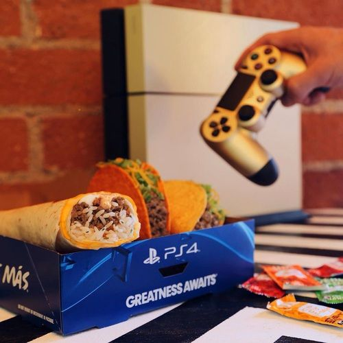 food, games, and taco bell image