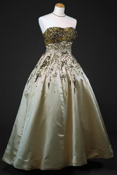 ~Evening dress ca. 1950  From the National Museum of Costume~