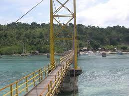 Ceningan Bridge known as Yellow Bridge (Lembongan Island)