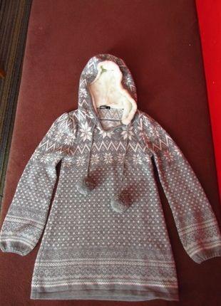 Kupuj mé předměty na #vinted http://www.vinted.cz/damske-obleceni/s-dlouhymi-rukavy/9664242-krasny-sedobily-zimni-svetr-s-norskym-vzorem