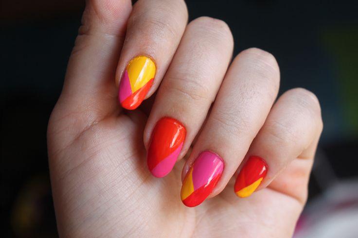 Summer nails!   www.karenprado.wordpress.com
