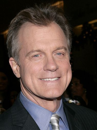 'Scandal' star Stephen Collins is cut because of molestation scandal